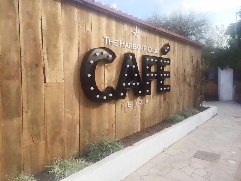 Belettering - Gevelbelettering voor The Harbour Club Café Ibiza
